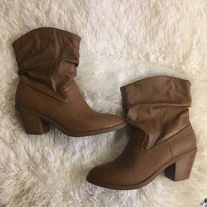 Brown American Eagle Faux Leather Heel Booties